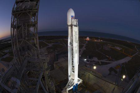 SpaceX успешно запустила третью в этом году ракету Falcon 9 со спутником связи EchoStar 23, следующий запуск станет первым с использованием сохраненной первой ступени