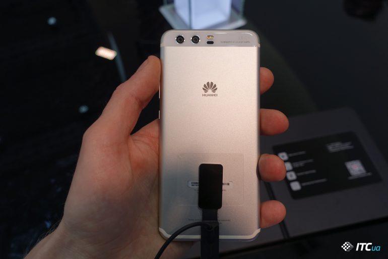 Специалисты DxOMark признали камеру смартфона Huawei P10 одной из лучших на рынке