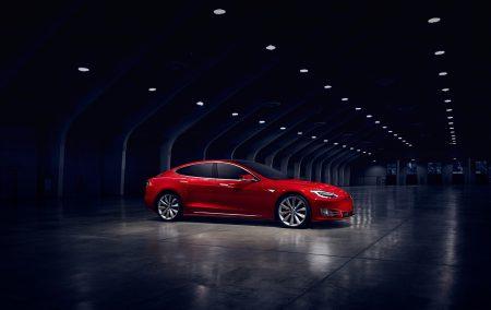 Tesla прекращает продажи самых доступных версий Model S 60 и 60D с батареей емкостью 60 кВт•ч