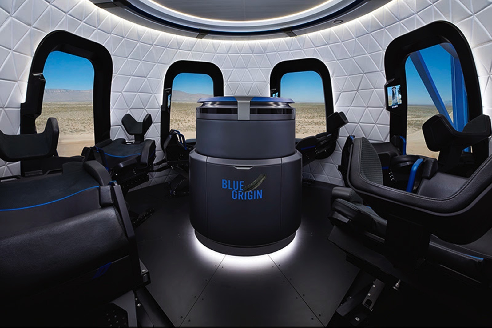Blue Origin впервые показала интерьер капсулы New Shepard в которой туристы будут летать в космос