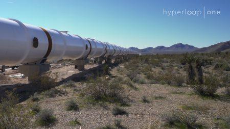 Фотогалерея дня: строительство тестового трека Hyperloop One в пустыне Невада