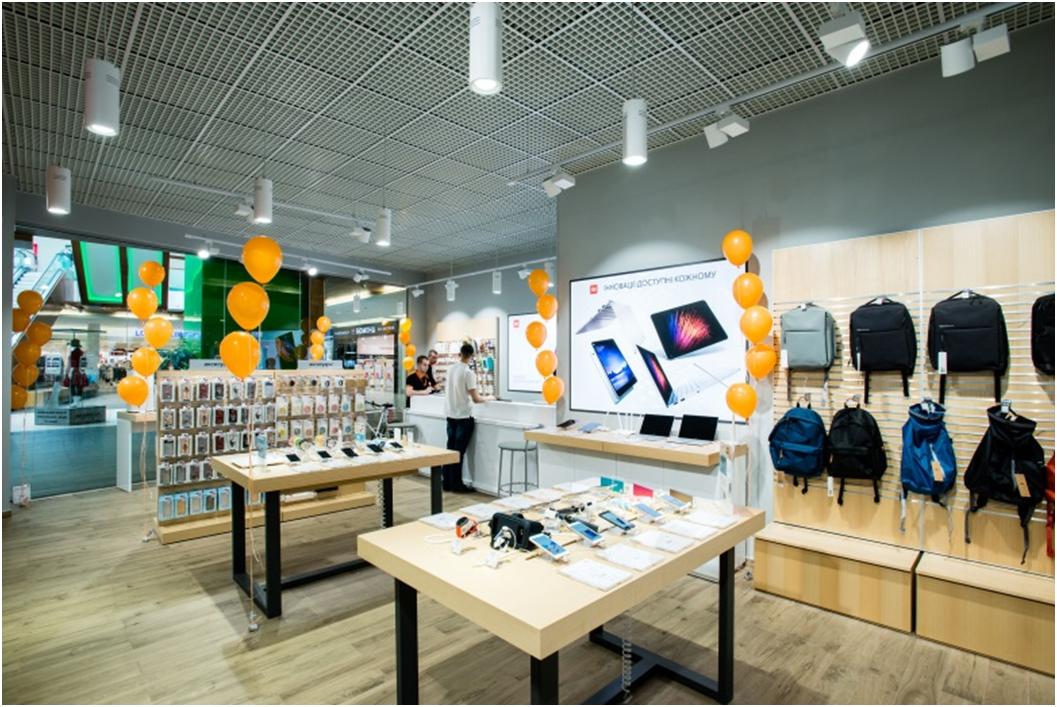 В Киеве открылся первый в Украине фирменный магазин Xiaomi, на очереди Днепр