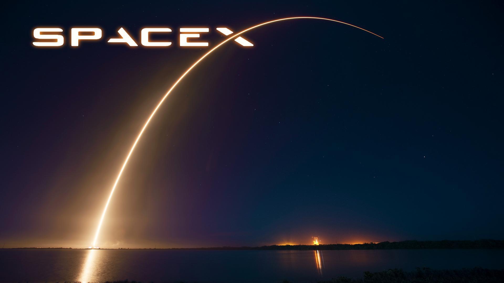 Илон Маск сообщил опланах Spacex испытать свертяжелую ракету кконцу лета