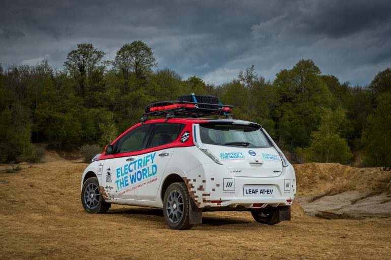 Электромобиль Nissan Leaf впервые отправится на Mongol Rally 2017, где попытается преодолеть 16000 км маршрута Лондон - Улан-Удэ