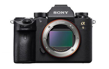 Представлена флагманская полнокадровая беззеркальная камера Sony α9, которая получила первый в своем роде 24,2-мегапиксельный датчик со встроенной памятью DRAM