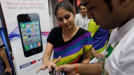 Apple начала собирать небольшие партии iPhone SE на заводе в Индии, здесь его цена может составить всего $220
