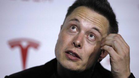 Илон Маск передумал выпускать электрический микроавтобус Tesla, так как «в этом нет смысла»