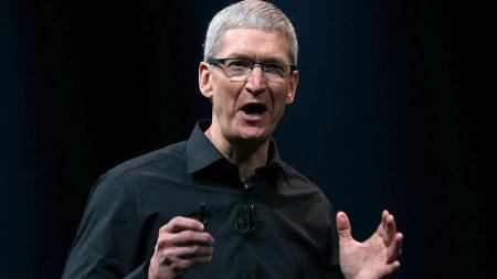 Apple пообещала вложить $1 млрд в производственные мощности на территории США