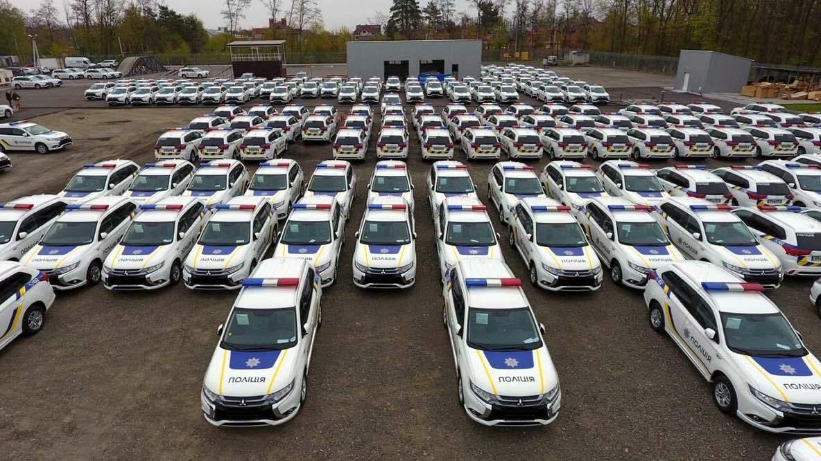 Автомобили Мицубиши Outlander иPajero Sport предлагаются россиянам на200 000 руб. дешевле