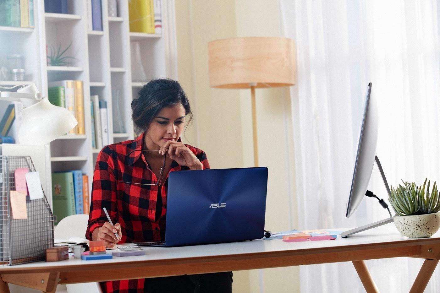 ASUS представила самый тонкий вмире гибридный ноутбук