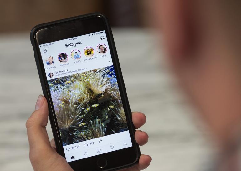 Социальная сеть Instagram запустил сервис поиска «историй» Story Search