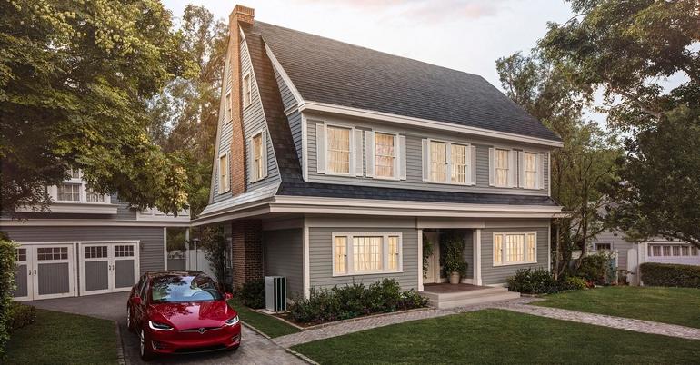 Tesla открыла предзаказ на«солнечную крышу» свечной гарантией,