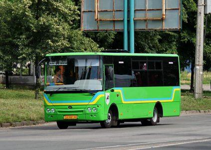 «QR-коды добрались до маршруток»: В Черкассах первыми в Украине запустили электронные билеты в маршрутных такси