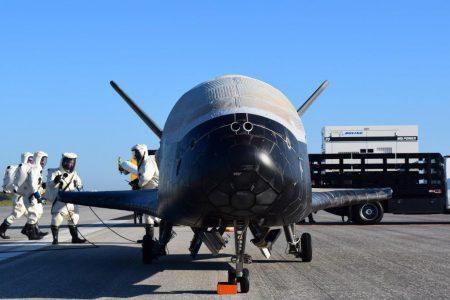 SpaceX заполучила контракт ВВС США на запуск засекреченного экспериментального самолета Boeing X-37B