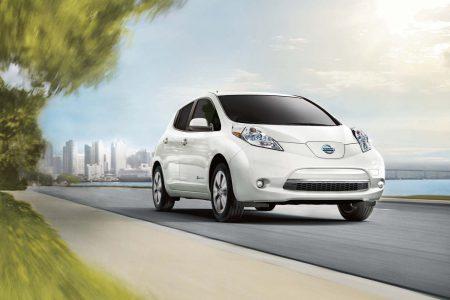 С начала 2017 года в Украине зарегистрировали 1381 электромобилей (96% б/у и только 4% новых), лидером остается Nissan Leaf с долей 83%