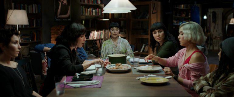 Опубликован первый трейлер фантастического триллера «Семь сестер» с Нуми Рапас в главных ролях