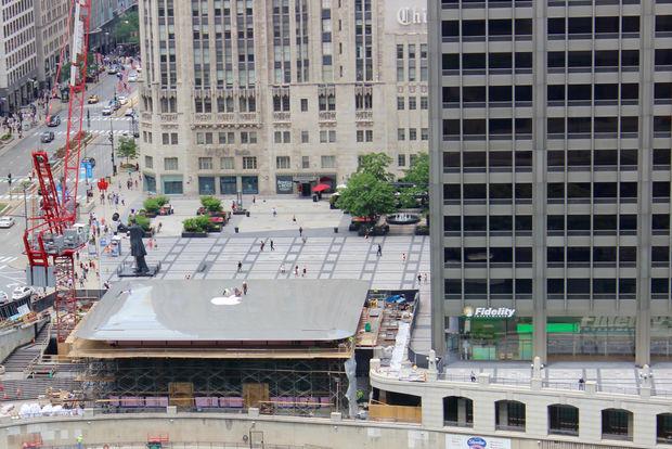 ВЧикаго откроют новый Apple Store, крыша которого схожа на огромный MacBook