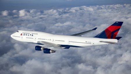 Американская авиакомпания Delta начала пускать пассажиров на рейс по отпечаткам пальцев
