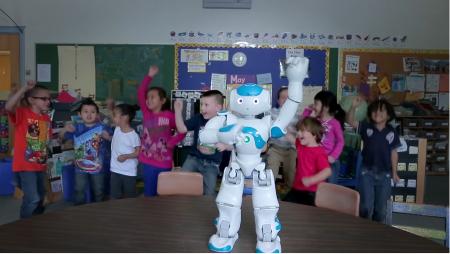 Власти Сингапура тестируют роботов в дошкольных образовательных учреждениях