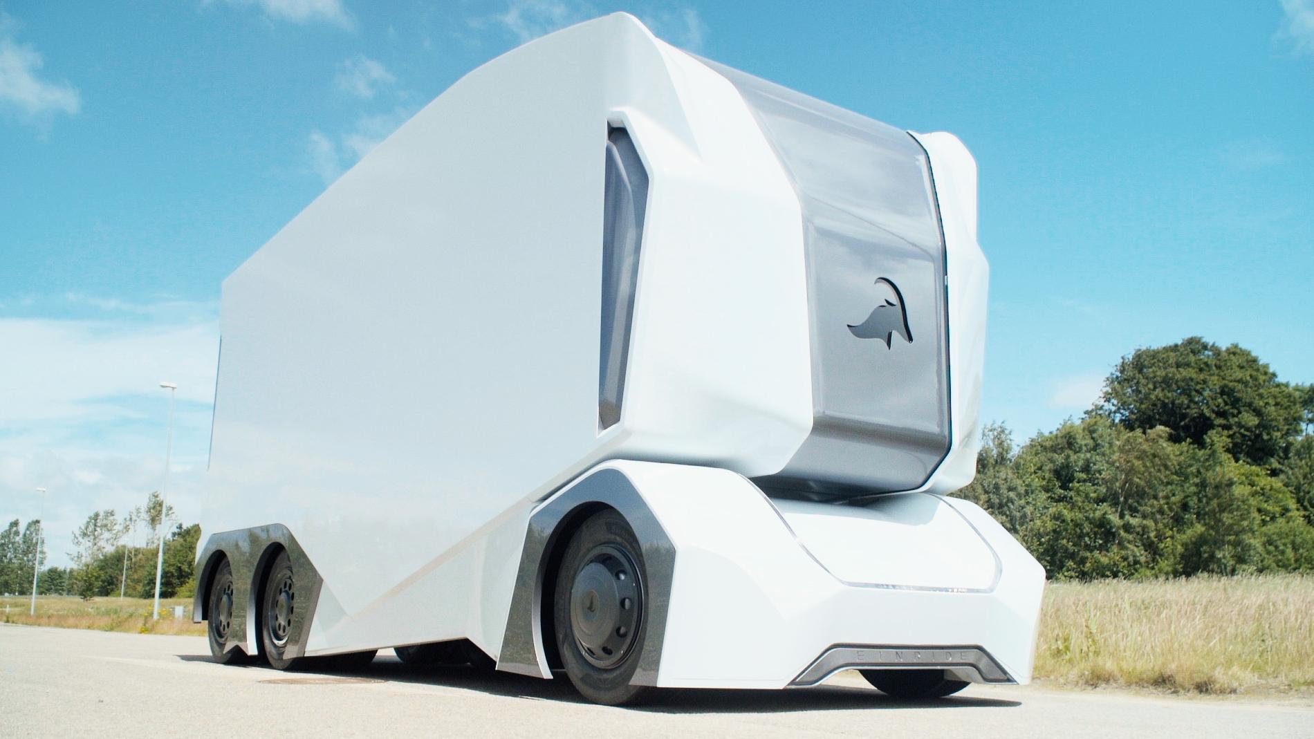 Беспилотные грузовые автомобили T-pod— новая теория интернациональных автоперевозок
