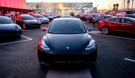 Tesla назвала тройку победителей конкурса любительских рекламных видео электромобилей бренда: MKBHD, Everyday Astronaut и Sonja Jasansky