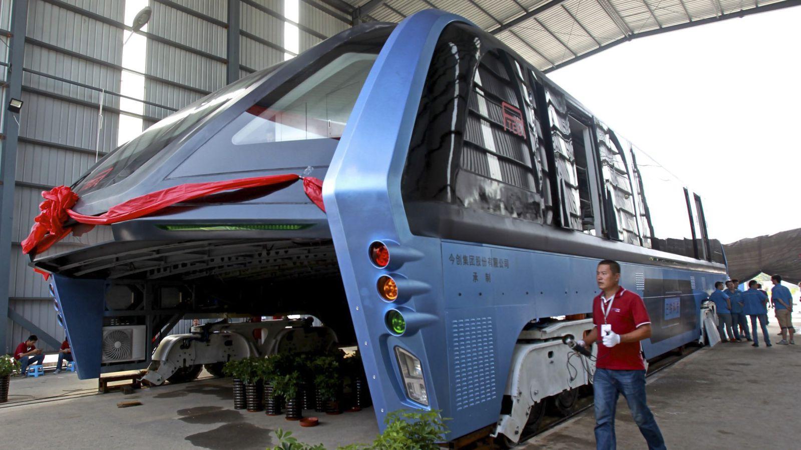КНР: создателей «автобуса будущего» обвинили вмошенничестве