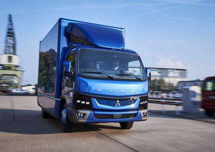 В Европе стартовало производство электрического грузовика Fuso eCanter с грузоподъемностью до 3 тонн и дальностью хода до 100 км