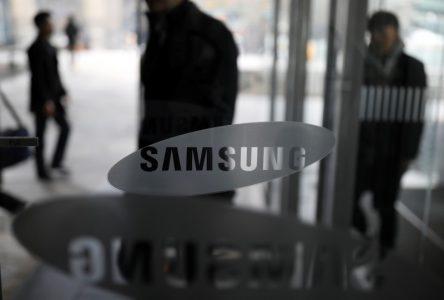 У Samsung Electronics впервые за последние семь лет уменьшилось число сотрудников