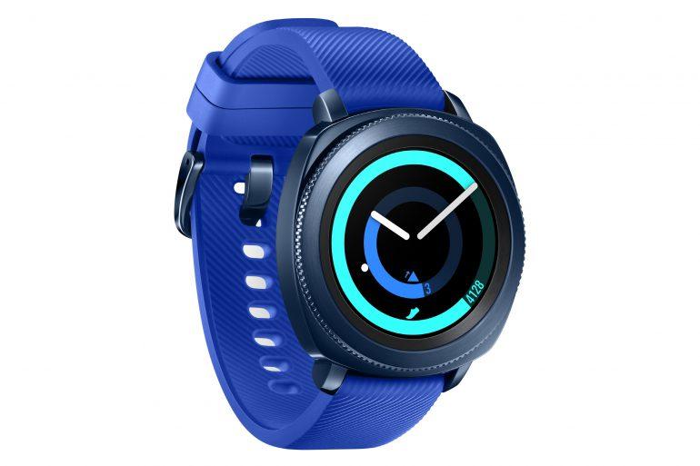 Samsung анонсировала умные часы Gear Sport, фитнес-трекер Gear Fit2 Pro и беспроводные наушники Gear IconX 2018