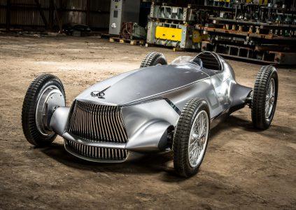 """Infiniti Prototype 9 – гоночный электромобиль в ретро-стиле с максимальной скоростью 170 км/ч и """"запасом хода"""" 20 минут"""