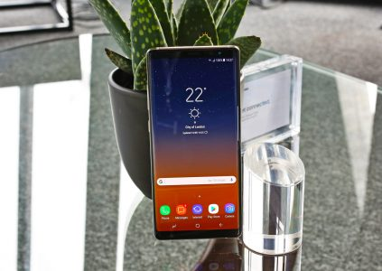 Экран смартфона Samsung Galaxy Note8 оказался лучшим из всех протестированных ресурсом DisplayMate