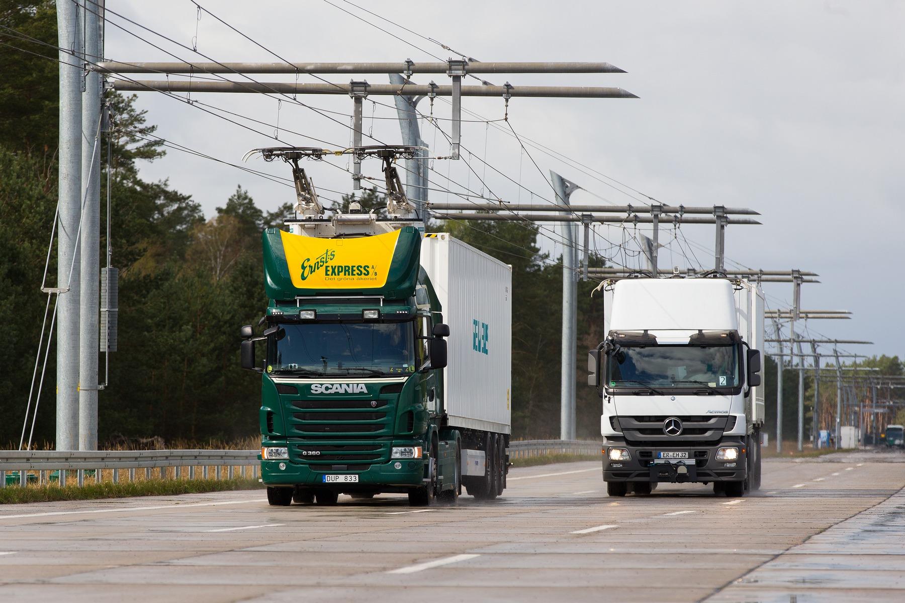 Siemens проложит вГермании шоссе сконтактной цепью для фургонов