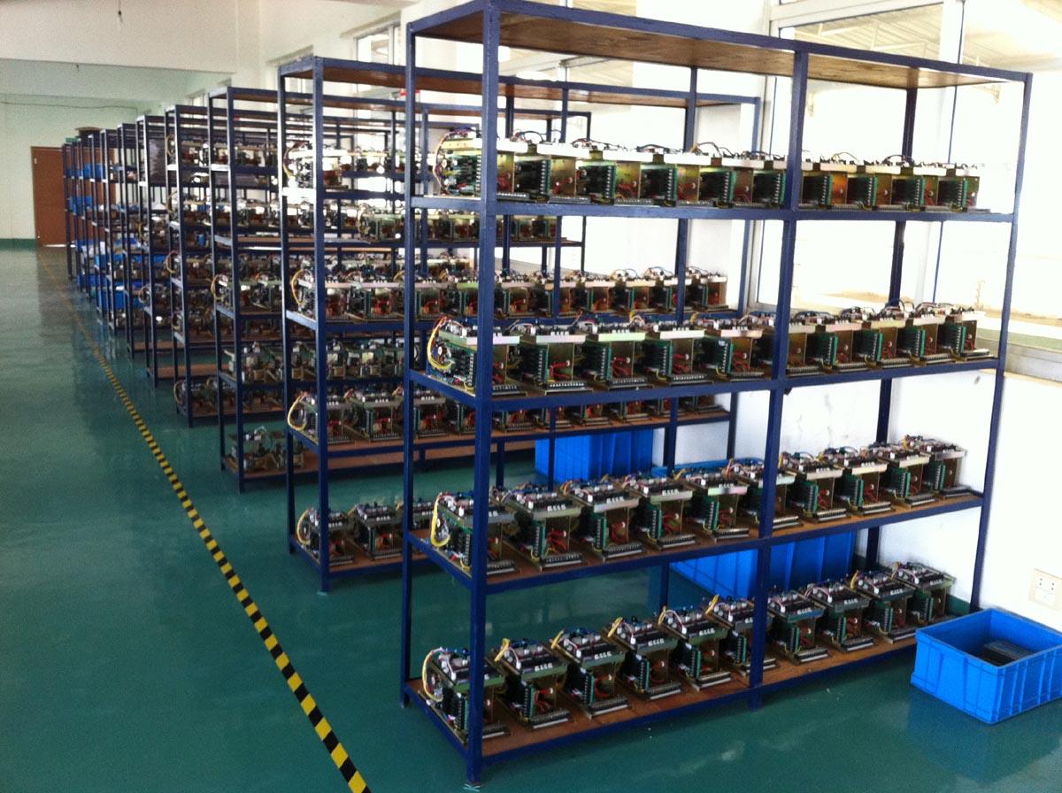 В университете Патона отыскали нелегальную фабрику Bitcoin