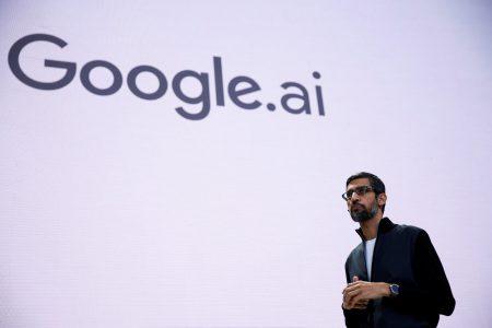 Разработчик популярного языка программирования Apple Swift после автопилота Tesla займется ИИ в Google