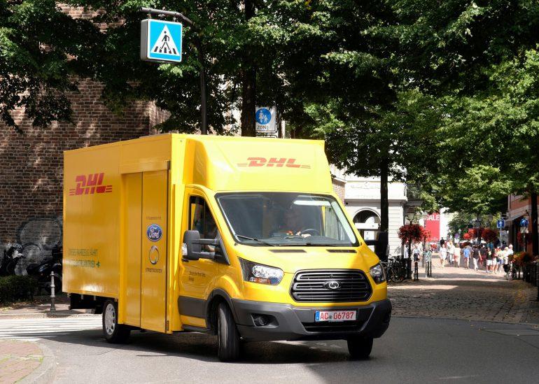 Почтовый оператор Deutsche Post DHL выпустил электрический фургон StreetScooter WORK XL на платформе Ford Transit с запасом хода до 200 км