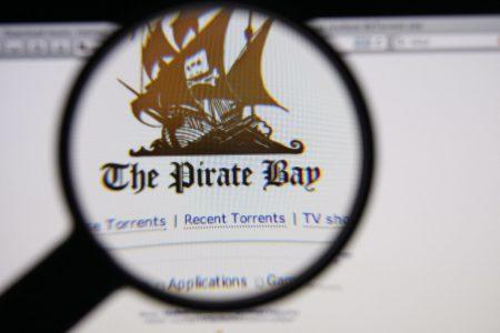 Владельцы The Pirate Bay без предупреждения на 24 часа добавили на сайт майнер криптовалюты, которым в будущем хотят заменить рекламу