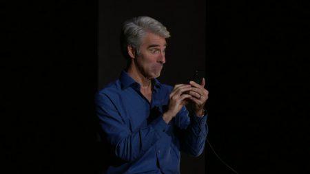 «Сработала как задумывалось»: Apple прокомментировала курьез с Face ID на презентации нового iPhone X