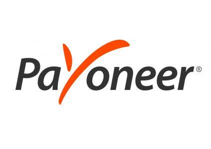 Payoneer и ПриватБанк добавили возможность получать валютные платежи для украинских фрилансеров