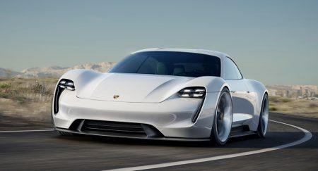 Серийная версия электромобиля Porsche Mission E поступит в продажу в конце 2019 года по цене Porsche Panamera
