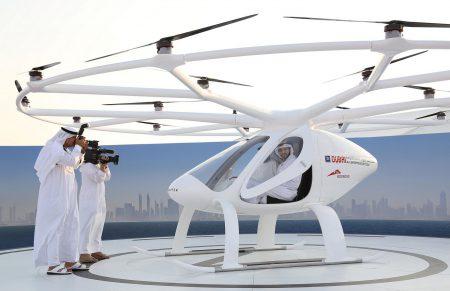 Немецкий стартап Volocopter провел первые тесты своего электрического летающего такси в Дубае [видео]
