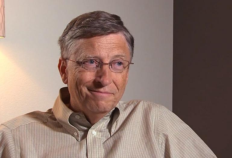 Билл Гейтс сменил iPhone наустройство с андроид