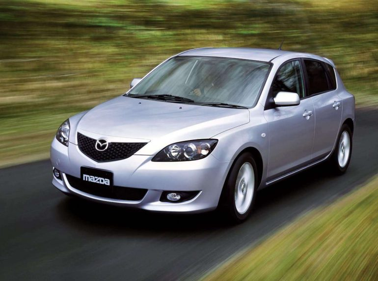 Разгадываем секрет популярности Mazda3