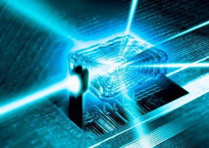 Intel создала улучшенный тестовый 17-кубитный суперпроводящий чип для изучения квантовых вычислений