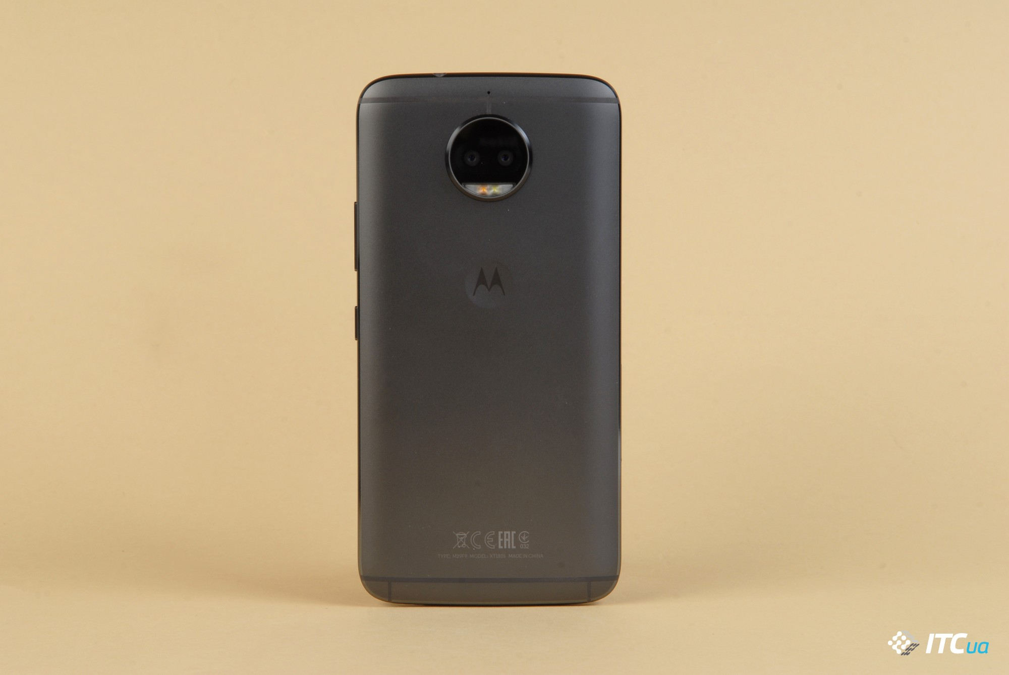 Обзор Moto G5s Plus