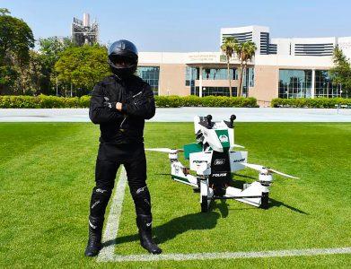 Полиция Дубая испытала одноместный электрический ховербайк, который также можно использовать как патрульный беспилотник [видео]