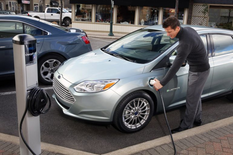 Форд делает отдельное подразделение для разработки электрокаров