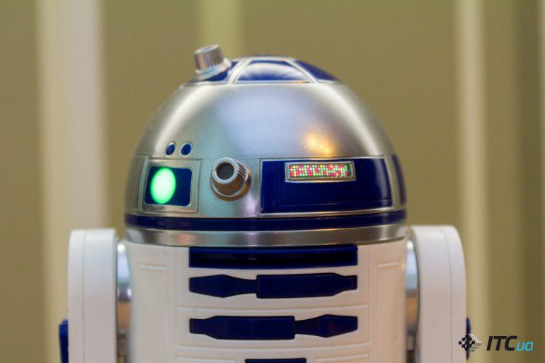 Звуки робота r2d2 скачать