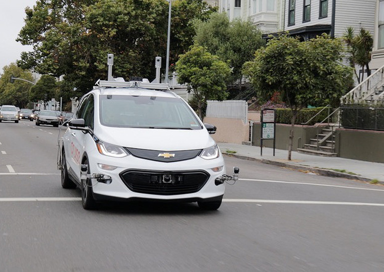 GMпервой начнет тестировать беспилотные автомобили вНью-Йорке