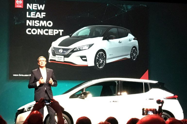 """Nissan подтвердил дебют """"горячей"""" версии электромобиля New LEAF Nismo Concept на Токийском автосалоне и рассказал о специальной версии LEAF """"2.ZERO"""" для Европы"""