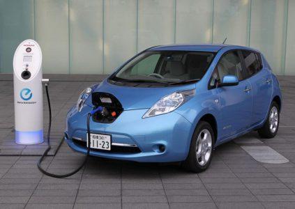 Законопроект о популяризации электромобилей: отмена акциза и НДС, движение по автобусной полосе, бесплатная парковка